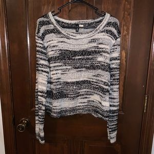 H&M Divided Black & White Marble Knit Sweater